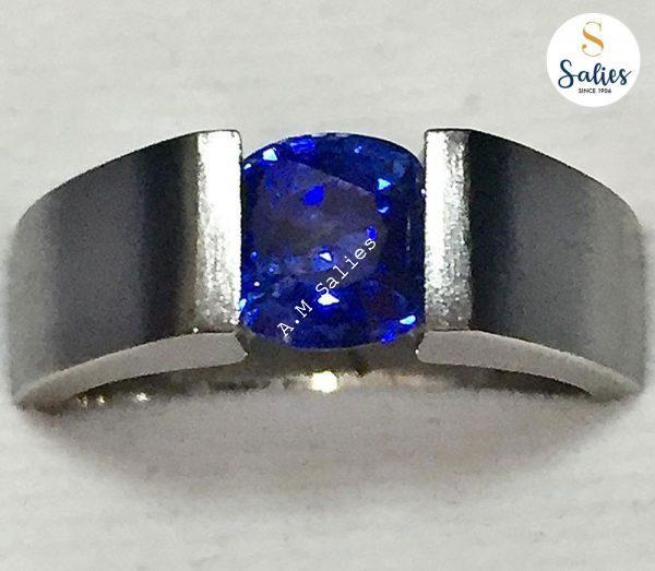 Blue Sapphire in Matt Finish ring