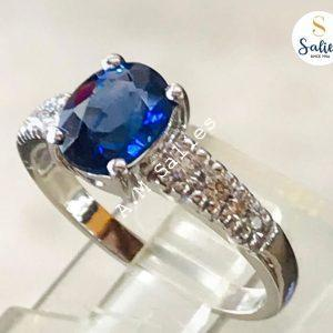 14-k-paladium-white-gold-set-with-Diamonds-and-Genuine-blue-sapphire