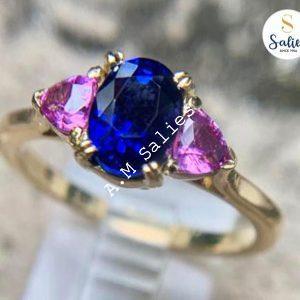 18 karat Yellow Gold ring mount Stones