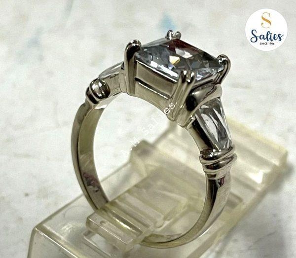 14k White Gold Ring with White Sapphire